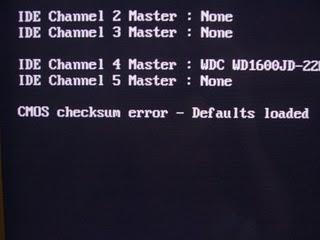 Exemplo de mensagem de erro de CMOS
